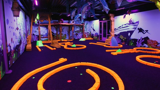 Glow in the Dark Midgetgolfbaan Adventuredome