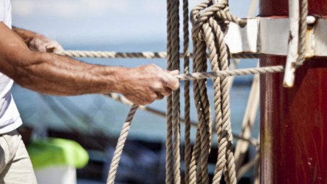 Help de schipper met varen.