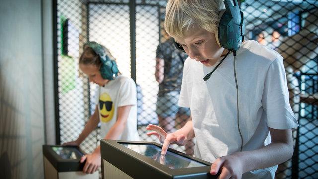Kinderen in COMM Museum voor Communicatie