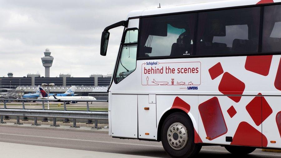 De bus van Schiphol Experience