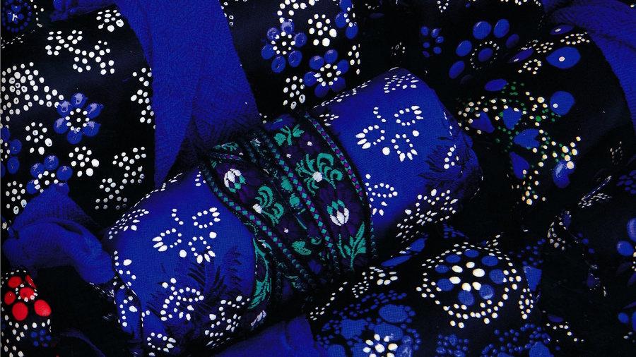 Blauwe klederdracht