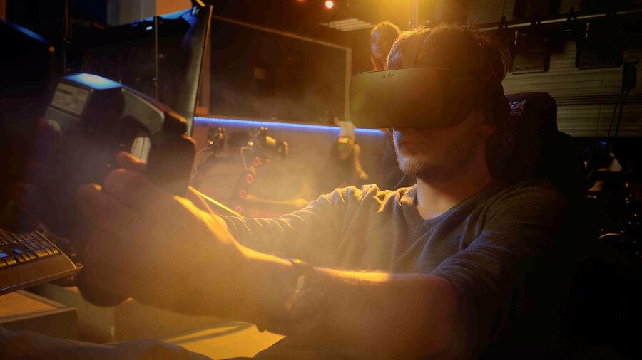 Man speel spel in virtual reality bij VRF1