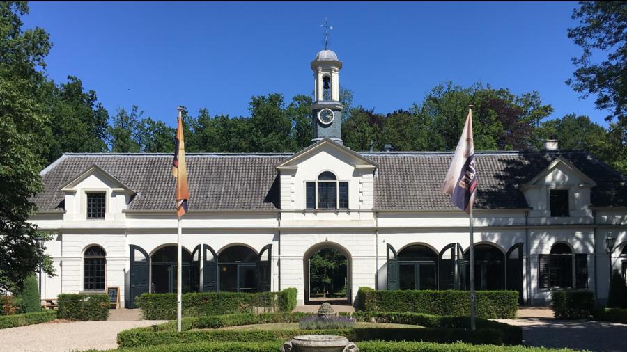 Bierbrouwerij Uddelaer is gevestigd in Koetshuis Kasteel Staverden
