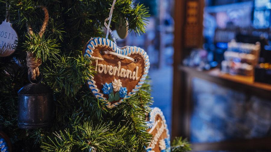 Beleef een magische kerst in Attractiepark Toverland