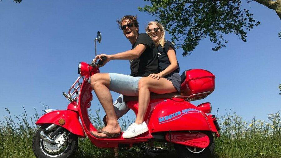 Stel op elektrische scooter van Scooter Experience