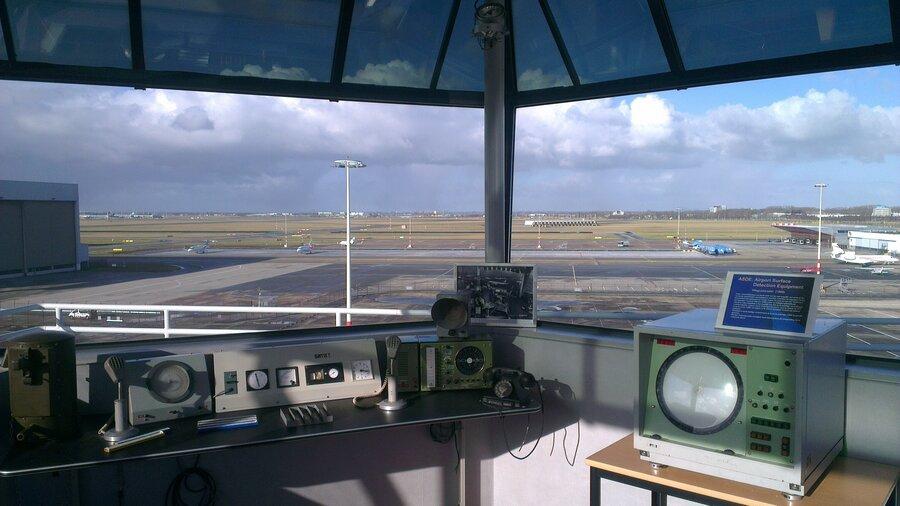 Flight Simulator uitzicht schiphol vanuit de verkeerstoren