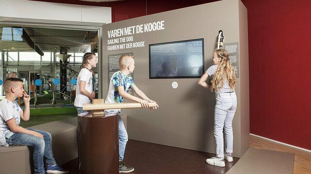 Kinderen in interactieve tentoonstelling Batavialand