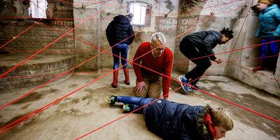 Spel met lasers in Fort Pannerden