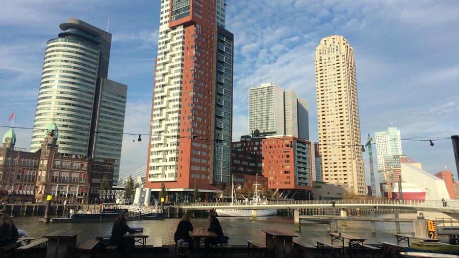 Skyline Rotterdam bij SeeRotterdam vandaan