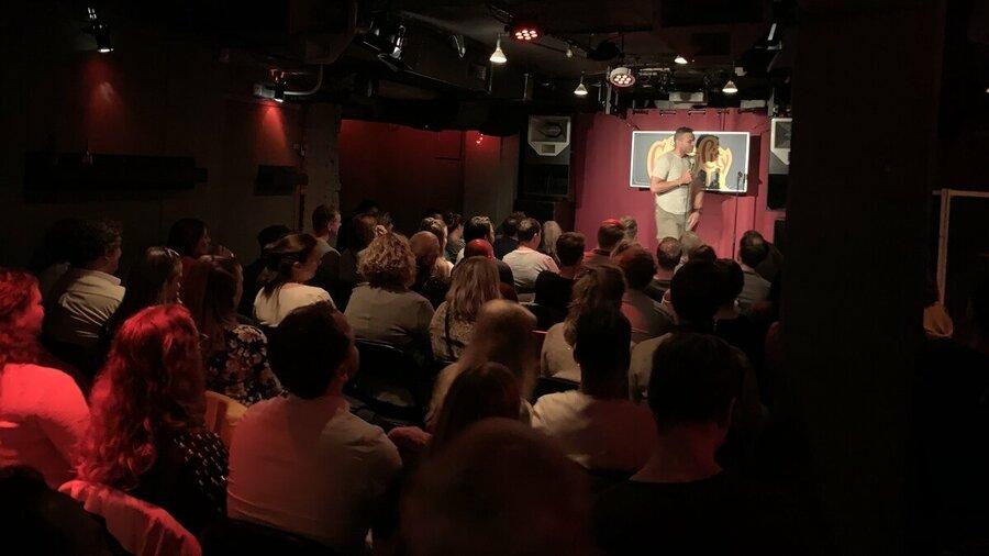 Geniet van stand-up comedy bij ComedyCity