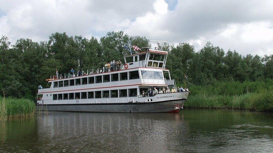 Vaar door de Biesbosch met de boten van Zilvermeeuw