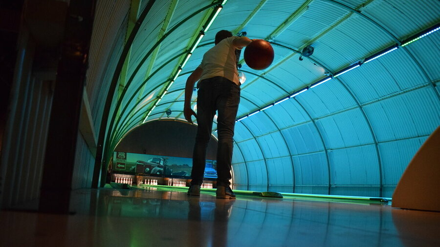 Bowlen op bowlingbaan Lot66 Breda