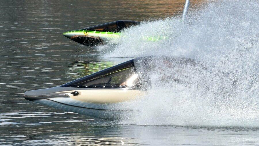 Zoef door het water met SkyShark