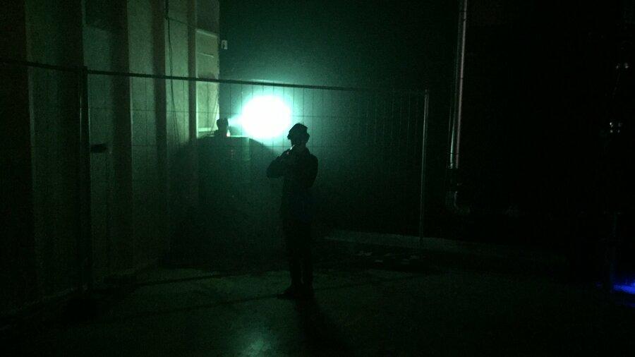 Lasergamen de mysterieuze donkere loods in de oude Honigfabriek in Nijmegen