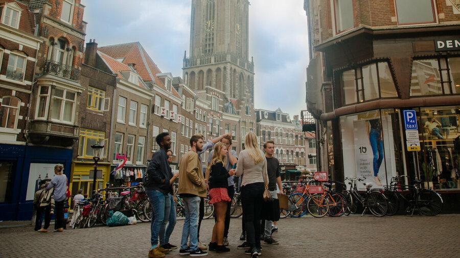 Groepsuitje in stad