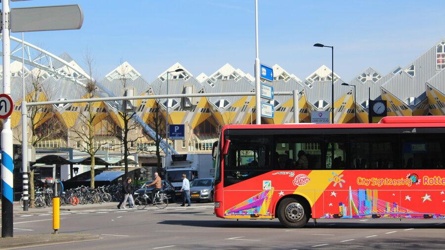 Reis langs de hotspots van Rotterdam met City Sightseeing