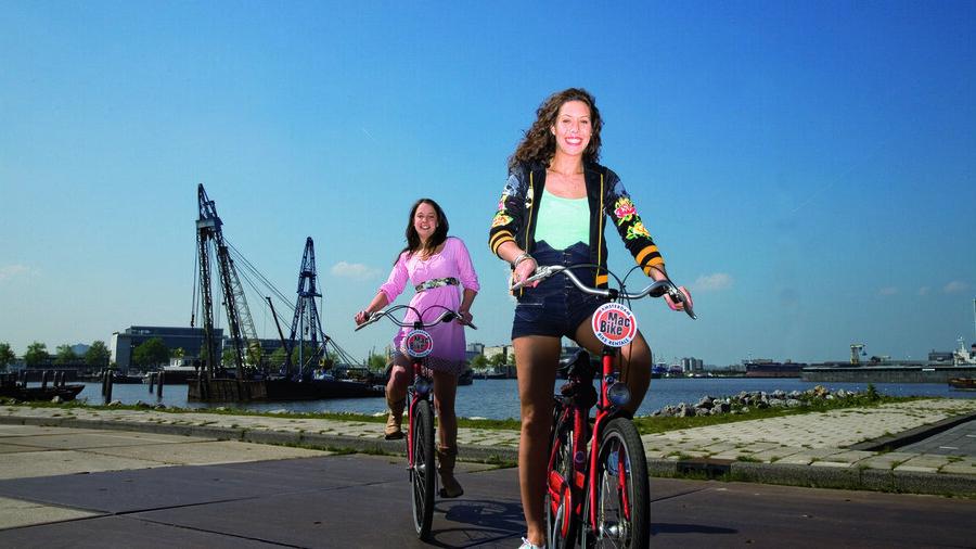 Bewonder de leukste plekken in Amsterdam vanaf je fiets