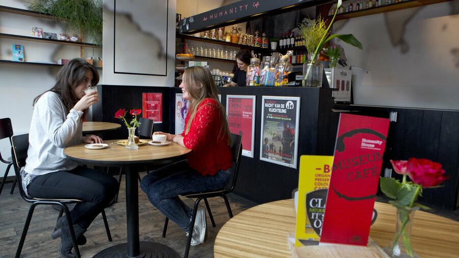 In het Museum Café
