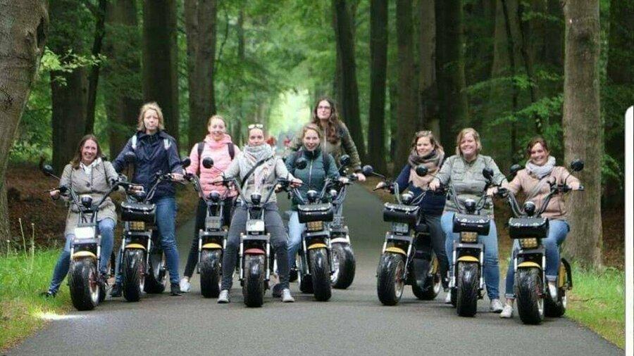 Huur een E-Chopper van Spyder Wheelz en verken de regio met vriendinnen