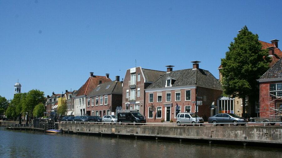 Museum Dokkum aan het water.
