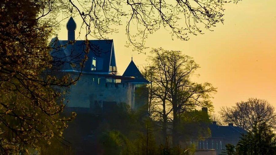 Kasteel De Keverberg in natuur Limburg