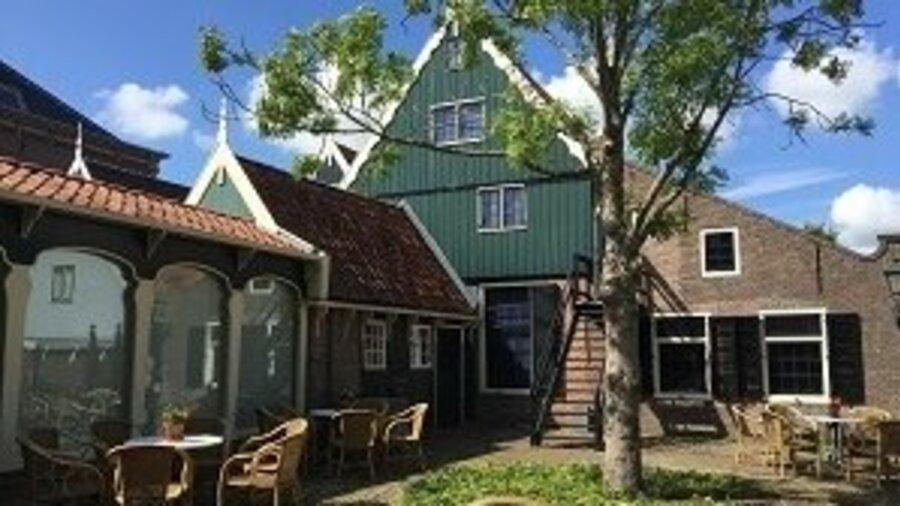 Terras Museum In 't Houten Huis