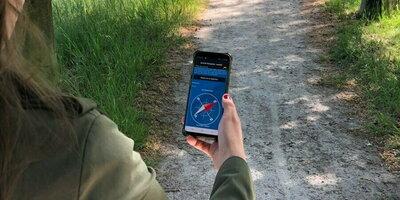 Vind je weg met het kompas van RLLY - app