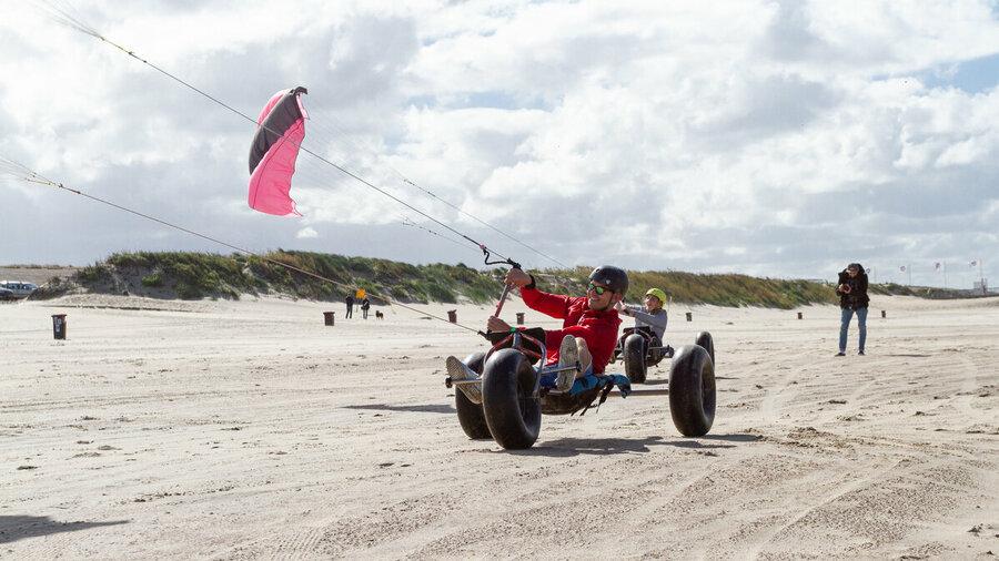 Blokarter op het strand van Ouddorp met Natural High