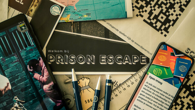 Spullen op tafel voor online game prison escape