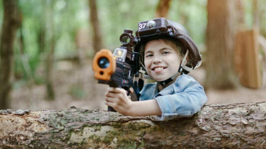 Speel soldaatje in de bossen met Sportproductions!