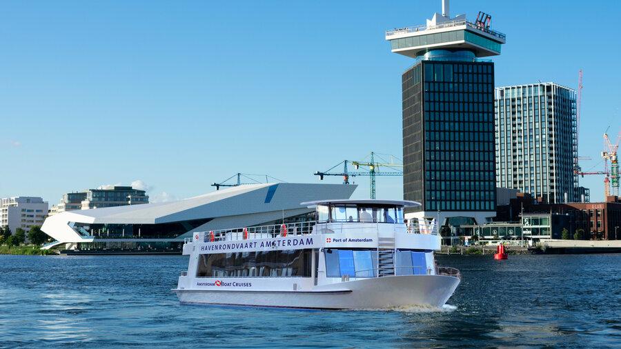Boek een rondvaart door de Haven van Amsterdam met Amsterdam Boat Cruises