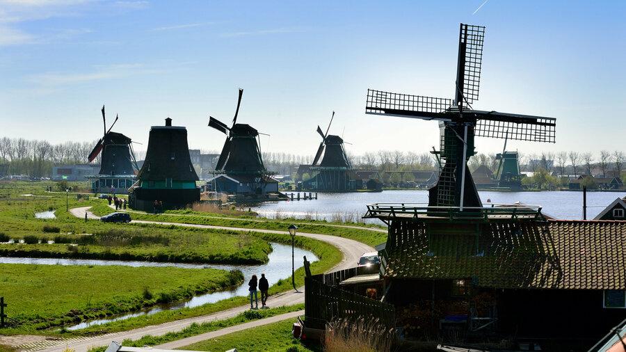 Pak de boot naar de Zaanse Schans met Amsterdam Boat Cruises