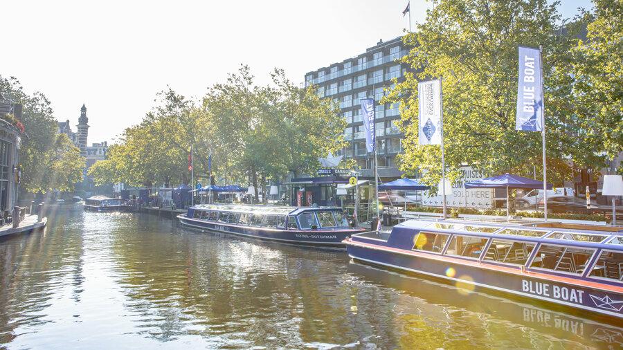 Stap aan boord van een luxe rondvaartboot van Blue Boat Company